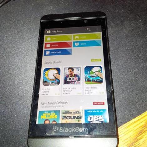 Google Play Store di OS BlackBerry